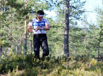 Andreas Hall startade som åtta i Kvarkenträffens final. Med jämnhög fart och säker kurs fick man efter man ge sig. (Foto: Peter Sundelin)